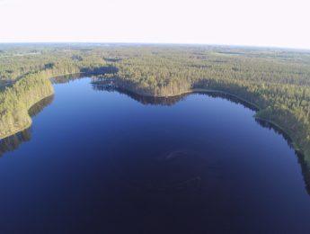 Ilmakuva Sainijärvi, kuvannut Jari Kurkela