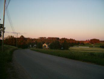 Keskikylä, kuvannut Matti Leiviskä