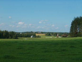 Kylämaisema Ojapellonperältä päin, kuvannut Matti Leiviskä